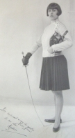 1920s, photo of Nydia dedicated to her fencing master Felix Gravé